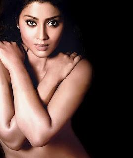 <!--:ta-->நடிகை ஸ்ரேயா கவர்ச்சிக்கு மாறியுள்ளார்??<!--:-->